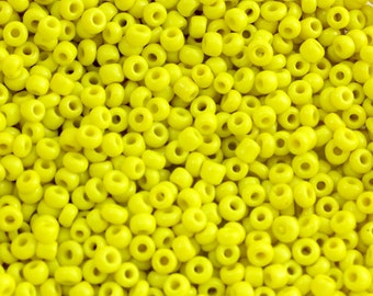 Size 10 Lemon Yellow Seed Beads. 10/0 Lemon Seed Beads for Costumes. Yellow Beads for Bead Embroidery. Yellow Glass Beads for Projects 20gm