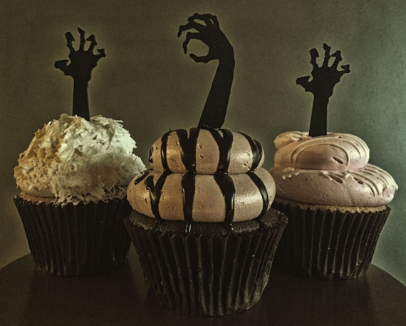 Zombie Cupcake Toppers,  The Walking Dead Party, Zombie Apocalypse, Halloween Cupcakes, Zombie Themed Party, Zombie Arms, Zombie Hands