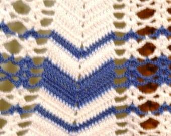 vintage apron ...BLUE Hand CROCHET vintage APRON 2 ...