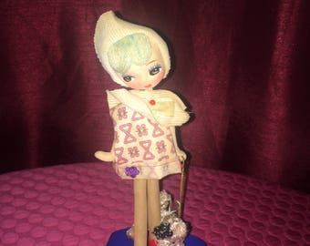 "Doll - Vintage 1960s/1970s Bradley MOD 8"" Doll and Dog"