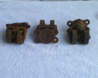 3  Set  Vintage  Metal  & 2 Wheels  Swivel  Casters  Wheels