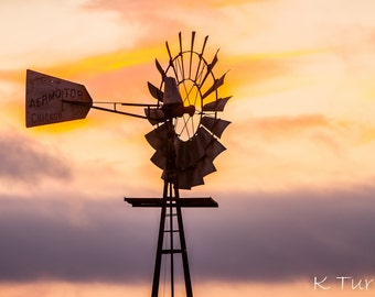Windmill printed on high gloss metal