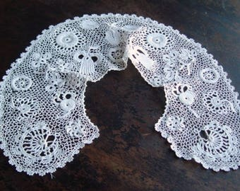 Antique Irish Crochet Lace Collar Handmade Irish Crocheted Lace Antique Irish Lace Irish Crochet Lace Shamrocks Thistles Flowers Early 1900s