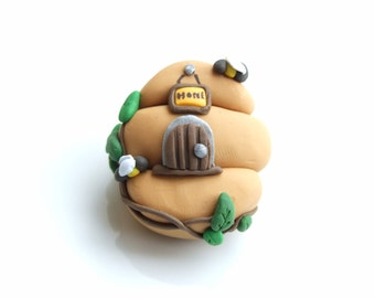 BROOCH - Hand Crafted Cutie Beehive Polymer Clay