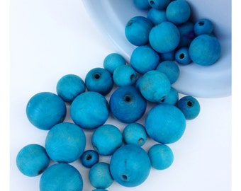 39 Turquoise Stained Wood Beads