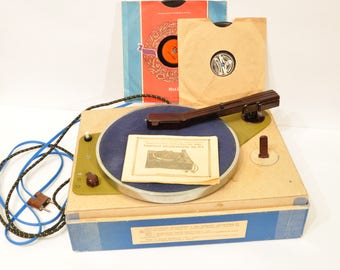 Rare Vintage Portable Record Player TurnTable VINYL Russian Soviet USSR