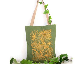 Bag with handles. Green Totebag. Green bag and mustard. Stamped bag. Stamped Tote. Totebag summer. Buenavidastudio. Vegan fashion.
