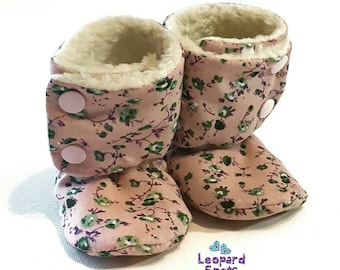 Pink flowers baby booties - crib shoes - NB to 14cm foot - Made to order - ditsy floral pattern