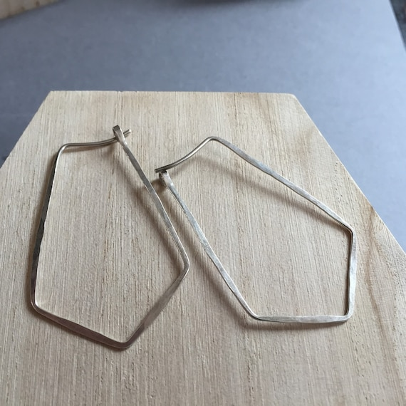 Sterling Silver Geometric Hoop earrings. Hammered Hoops. Geometric silver