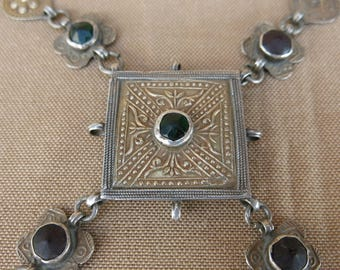 Turkmen Yamud  decorative pendant