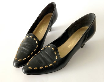 Vintage black leather pumps / Made in USA / black leather shoes / avant garde faceted brass stud detail / sculpted heels sz 8.5 9 S