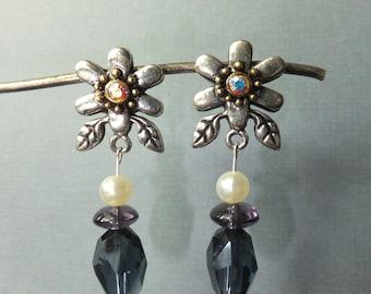DaisyJem earrings (blue)
