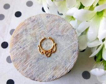 Goldfilled Septum Ring, fake Septum Ring, Handmade Septum Ring, Septum Cuff, Septum Clip, Tragus, Helix, Cartilage Earrings. Design no. FG10