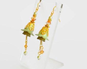Gold green hand dyed lucite flower Swarovski crystal earrings, vintage style earrings, flower earrings, handmade earrings