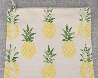 Large Pineapple Zipper Pouch