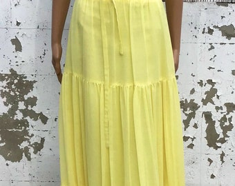 Vintage Dress / Maxi Dress / Yellow Dress / Southern Belle / Country Style / 1960s Union Label / Size S/M / Vintage Sundress / Tiered Look /