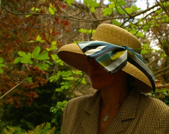 natural straw hat cloche shape