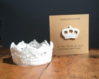 Crochet Baby Crown and handmade card. Baby Photography Props, Newborn Baby gift, baby shower baby gift, newborn photo prop