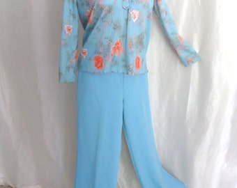 Vintage 70s womens blouse top, shirt, high collar, pastel blue orange, summer floral, lightweight long sleeve, pleated fabric, size M L XL