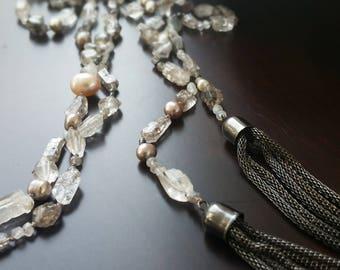 Hand knotted Lariat / Diamond Quartz / Pearl / Moonstone / Labradorite