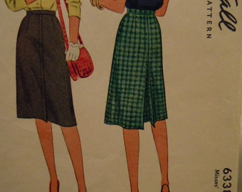 1945 McCall Pattern Misses' Skirt Waist 32