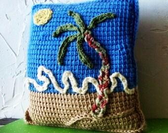 Coussin au crochet DAYDREAMIMG bleuciel plage OOAK