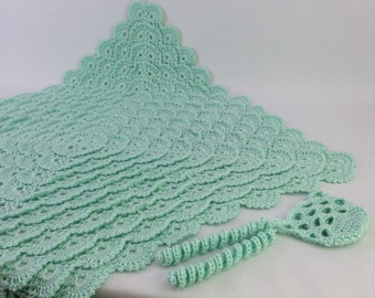 Crochet Fluffy Meringue Baby Blanket and Honeycomb Bonnet Light Green Caron Simply Soft