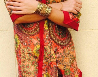 Satin dress in tip
