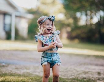 Floral Ruffle Crop Top- floral baby top, ruffle crop top, floral top, baby girl floral outfit, floral birthday shirt,