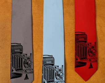 Camera Gift - Camera Necktie - Vintage Photography - Men's Neck Tie