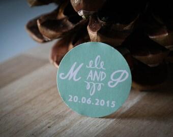 30 étiquettes mariage personnalisées - Initiales + date + choix de la couleur