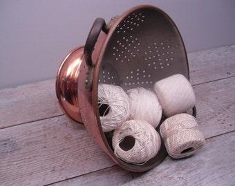 vintage copper colander / tin lined / brass handles / farmhouse decor