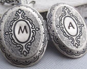 Large Silver Locket Necklace, Personalized Locket Jewelry, Custom Locket Necklace, Vintage Style Jewelry, Large Locket, Long Necklaces