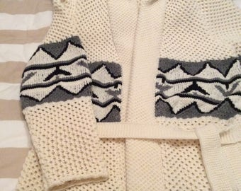 Starsky Cardigan in pure Merino Wool.