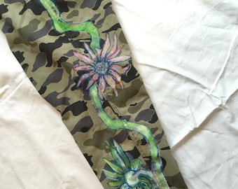 Pants loose fit camouflage with flowers - olive green black blue pink - MadeByMySister3