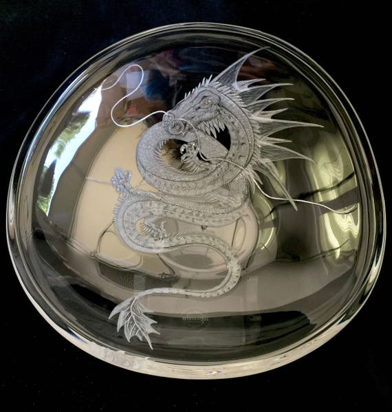 Hand Engraved large Centerpiece Bowl Dragon, Wedding Crystal Gifts Engraved, Personalized Gifts, Crystal Etched Gifts, Dragon engraved,