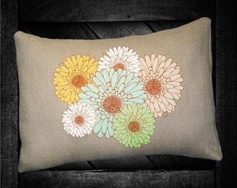 """Daisy  12""""x16""""  Pillow Set"""