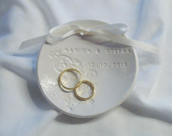 """Personalized wedding ring dish, personalised white ring Bowl """"Marion"""" made of ceramics"""