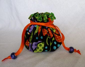Fabric Jewelry Bag - Medium Size - Drawstring Pouch - Jewelry Tote - KEY LIME PIE