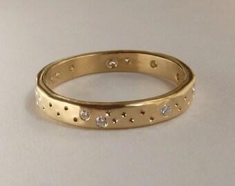 Scattered Diamond Wedding Band, Scattered Diamond Wedding Ring, Alternative Diamond Wedding Band, Yellow, Rose, White Gold/Palladium