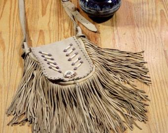 Vintage buckskin southwestern fringe crossbody purse/beaded/leather/bone/medium