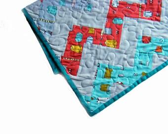 "Baby stroller quilt ""Little Apples"", crib quilt, boy quilt, baby blanket, pram quilt, cot quilt - Aneela Hoey Fabric for Moda"