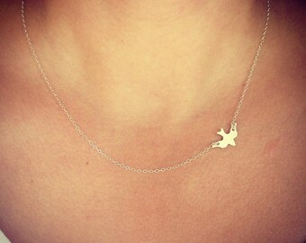 SALE - Sterling Silver Sparrow Necklace - Silver Bird Necklace - Minimalist Jewelry - little silver bird - Gift - The Lovely Raindrop