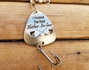 Father of Groom Gift, I Hooked the Best Father In Law Fishing Lure, Dad Christmas Gifts, Dad Birthday Gifts, Unique Fishing Lure,