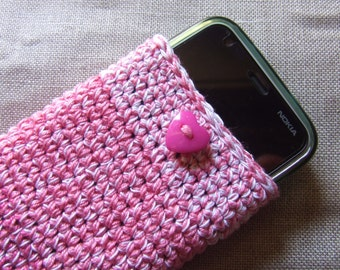 Case for smartphone, crocheted yarn with a pink and white