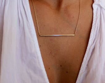 Horizontal bar necklace in plated gold, gold, dainty gold necklace