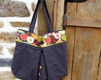 tote bag cotton/bag accessory/retro vintage/bag / Tote / purse / gift for her / bee kouz