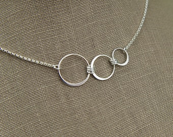 Connected circles infinity necklace in sterling silver, three rings, sterling silver ring, circles necklace, three circles