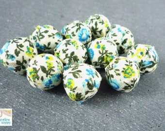 6 fabric on wood, liberty ecru and blue beads, 14mm (pt24)