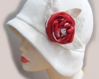 Cloche hat sewing pattern -medium - Roaring 20s flapper Cloche sewing pattern